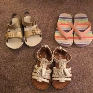 """Lot of """"very used""""size 5 infant/toddler sandals"""